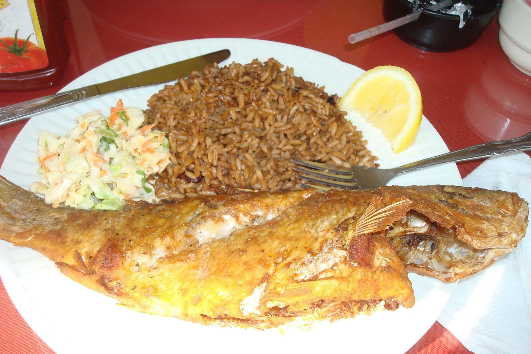 Жареная рыба на Багамах