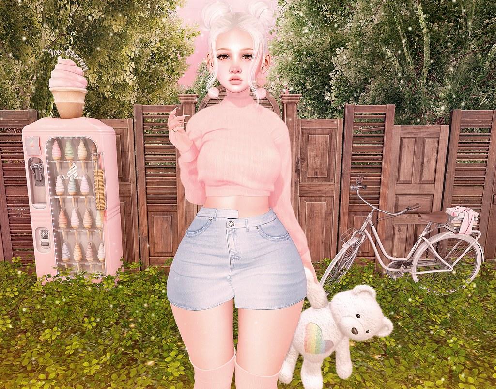 https://www.flickr.com/photos/-gossip_girl-/49561360687/in/dateposted/