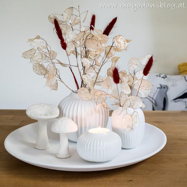Herbstliche Tischdekoration am Esstisch