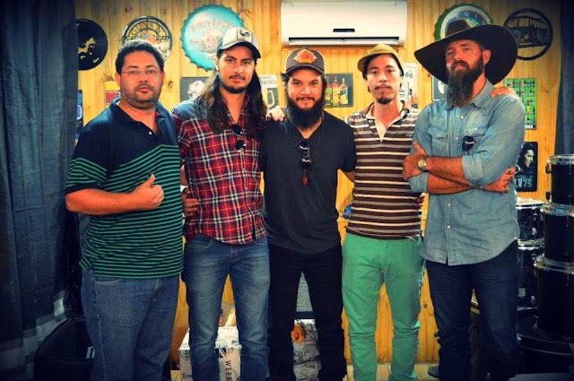 Rock, Jazz, Blues & folk: artista lança 3º disco autoral com participações especiais