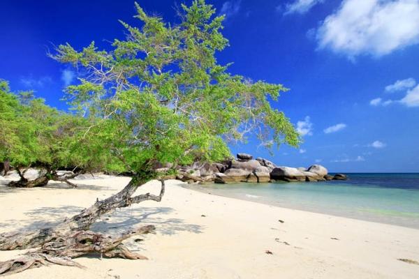 tempat foto bagus di belitung, pantai belitung