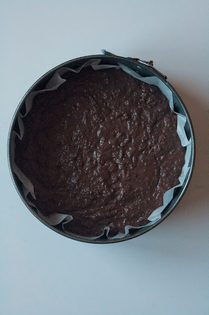 La ricetta della torta furba con i Pan di stelle step 5