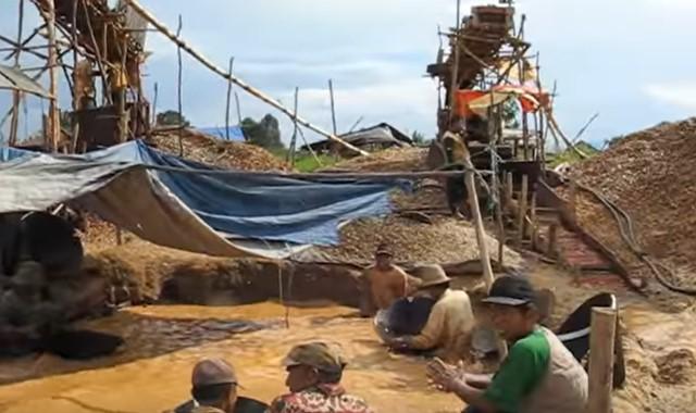 daerah penghasil intan di indonesia