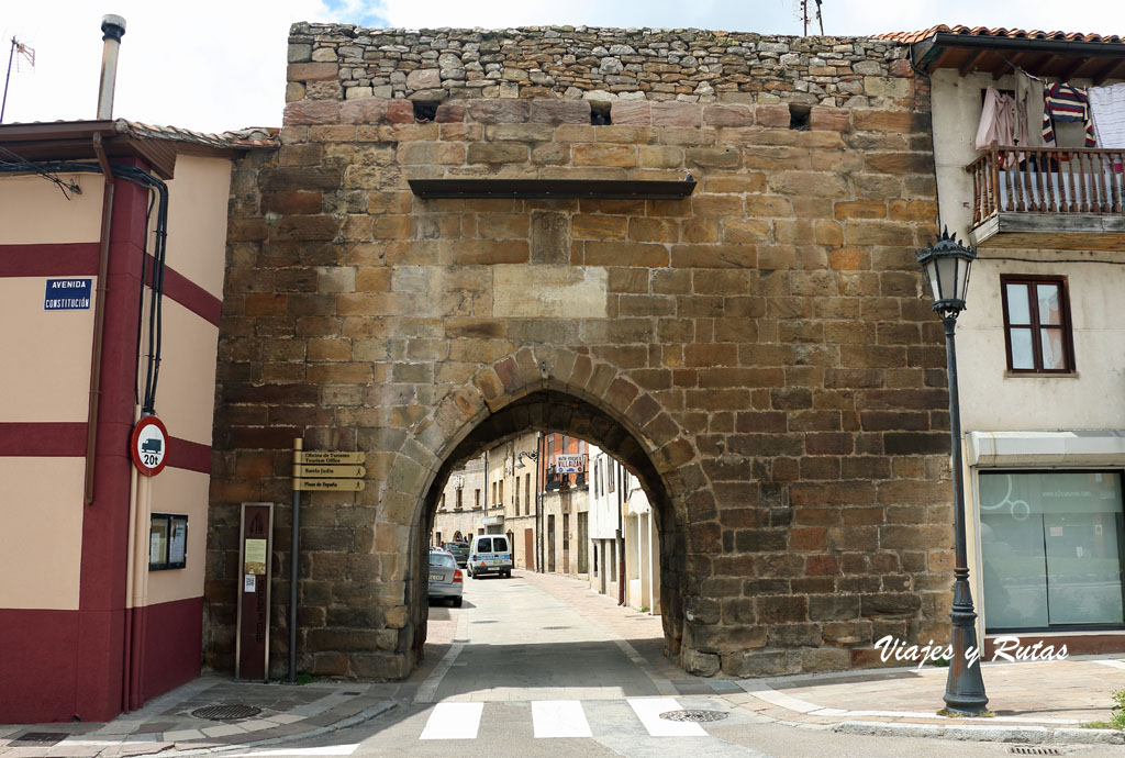 Puerta de Reinosa, Aguilar de Campoo