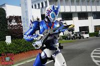 SH Figuarts Kamen Rider Vulcan Shooting Wolf 40