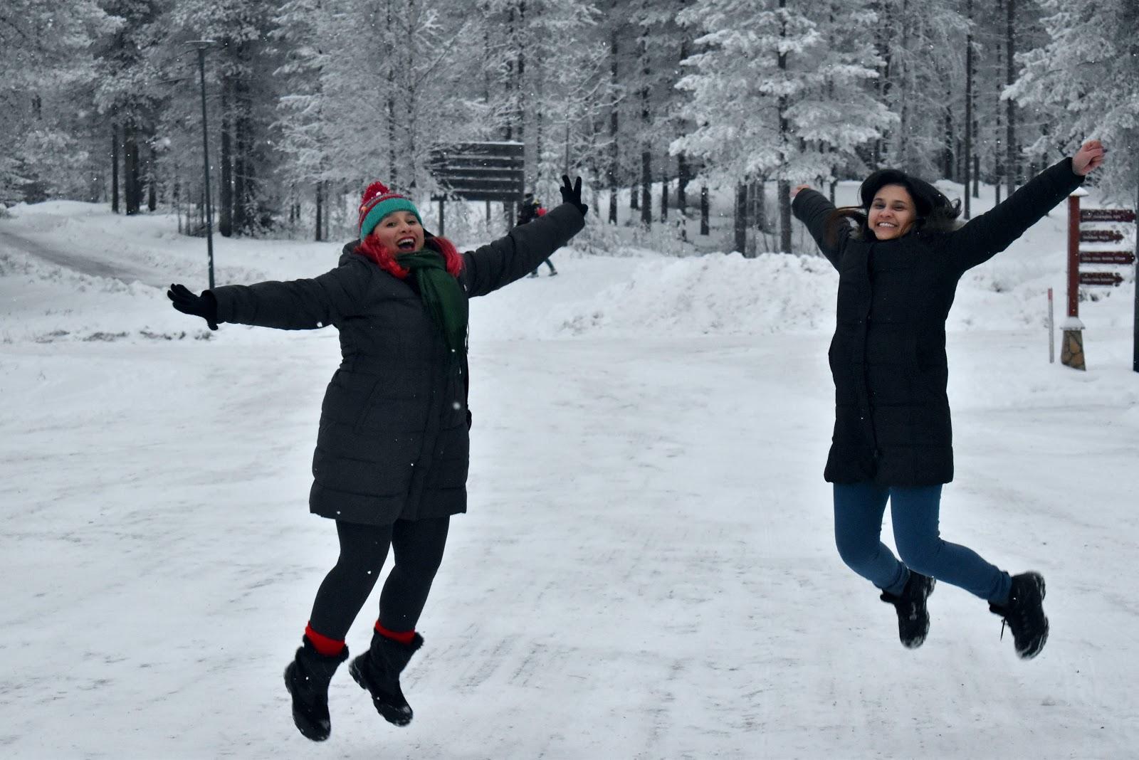 vila papai noel finlandia inverno