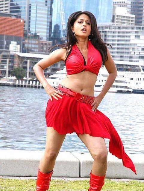 Anushka Shetty thighs