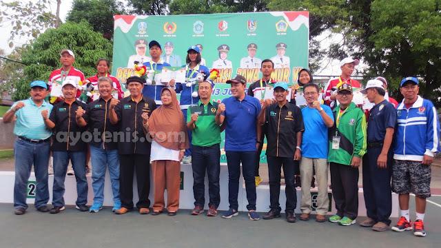 Tenis Porprov Jatim VI: Gunawan Trismuwantara dan Khairun Nisa Sabet Emas Ganda Campuran