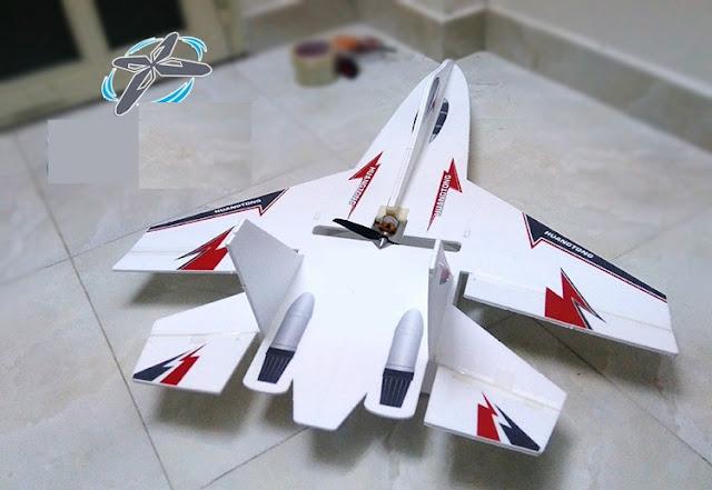 Máy bay cỡ lớn SU27