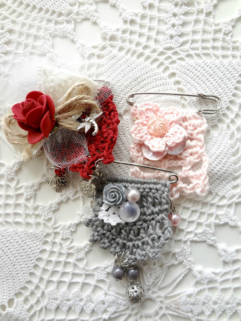 Crochet Art Brooch – free pattern