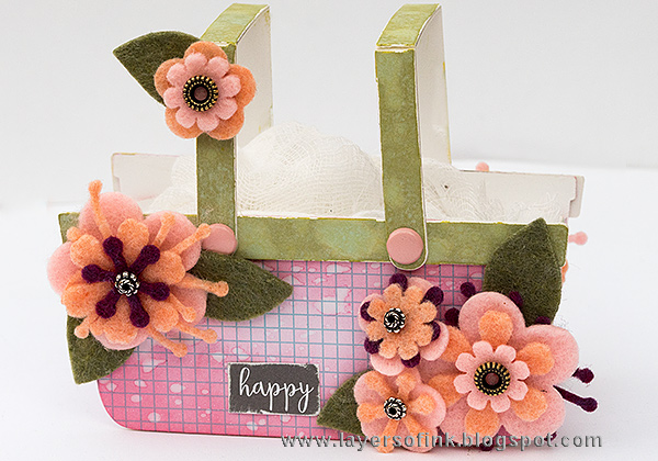 Layers of ink - Flower Basket Tutorial by Anna-Karin Evaldsson with Eileen Hull Sizzix Heartfelt dies.