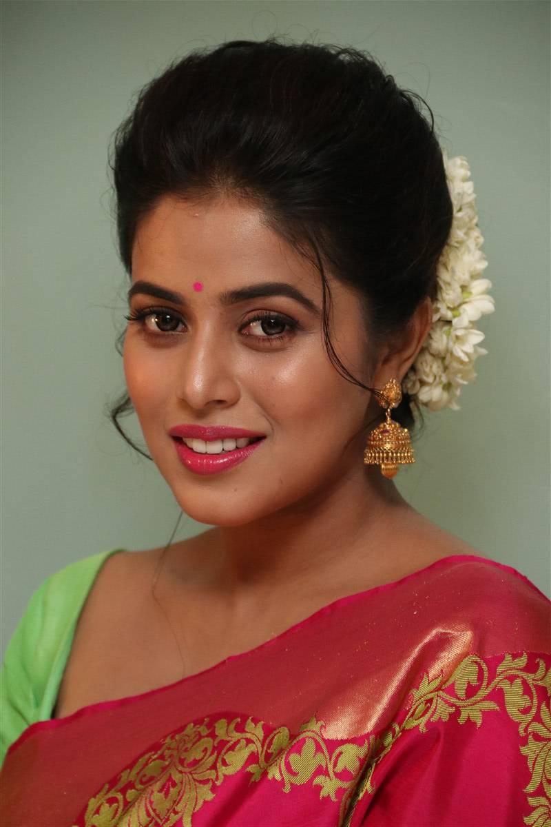 Poorna At Savarakkathi Movie Audio Launch  Hq Pics N -2912