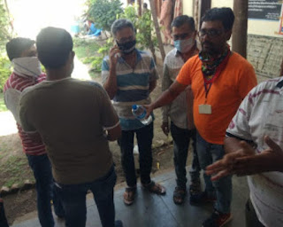 तहसीलदार ने की खाद्य सामग्री व्यापारियों के साथ बैठक