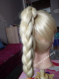 Warkocz-splot-jak uczesać dziewczzynke-fryzury-fryzurymarzeny