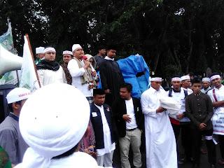 Masyarakat Aceh Penjarakan Ahok