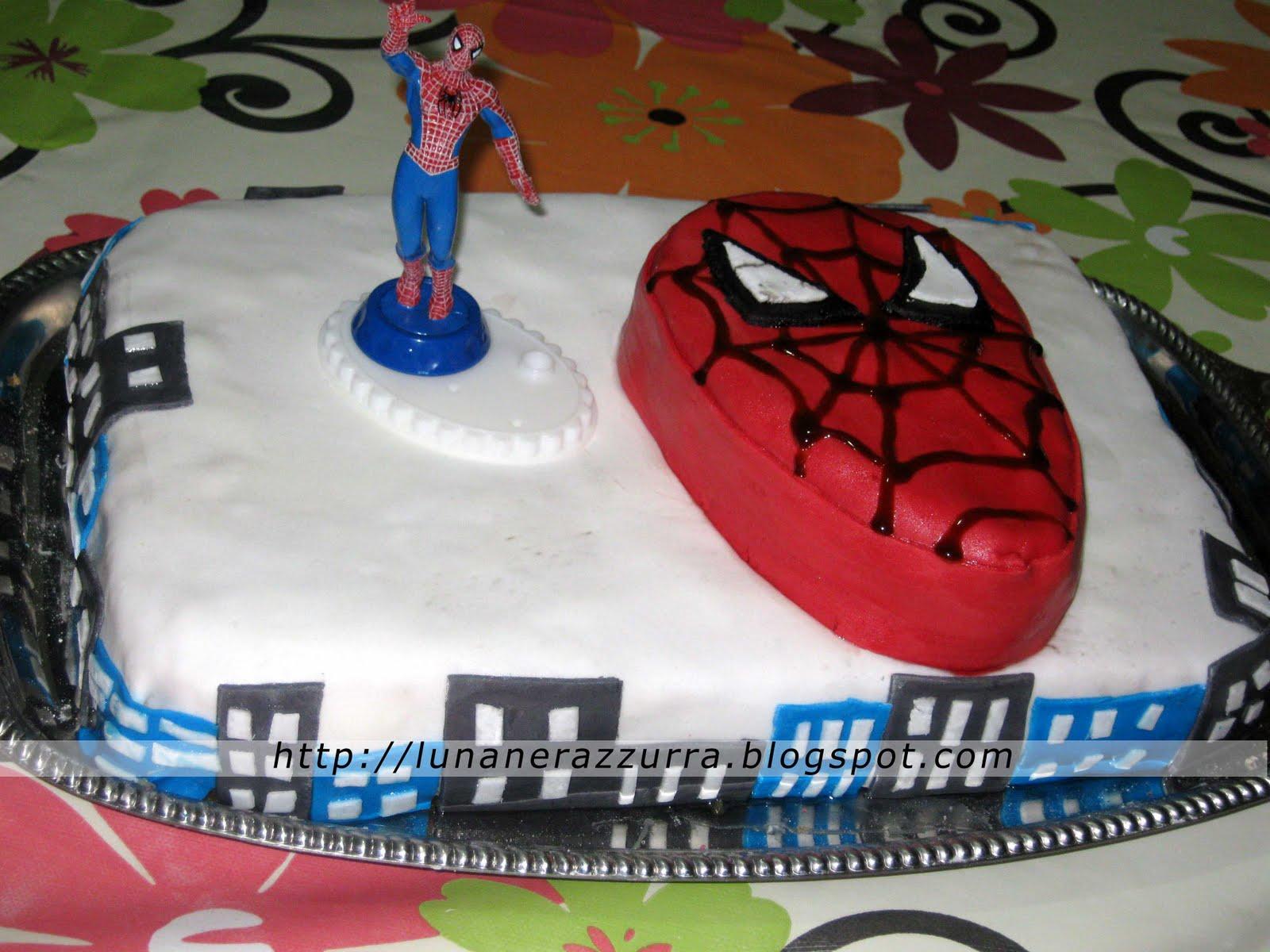 Super I Pasticci di Luna: Torta Spiderman in pasta di zucchero! QG37
