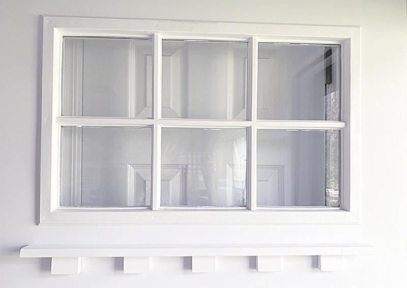 6 light window with dentil shelf