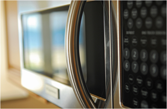 How Safe Are Microwave Ovens?