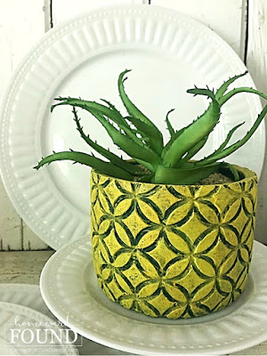 beach style,coastal style,tropical style,painting,summer,DIY,diy decorating,colorful home,decorating,dollar store crafts,tiki style,, summer home decor, tropical home decor, beach home decor, summer home decor, summer decorating, planters, succulents, pineapple crafts, 99 cents only stores.