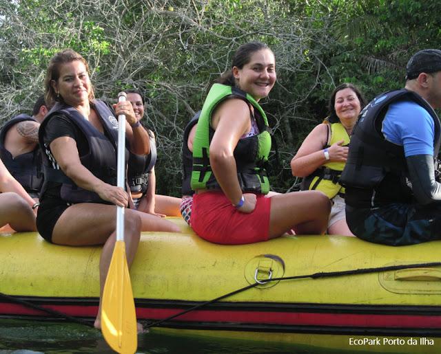 Passeio de bote no Rio Formoso, Bonito, Mato Grosso do Sul