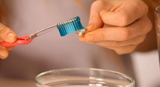 ¡Como limpiar tus joyas de oro!