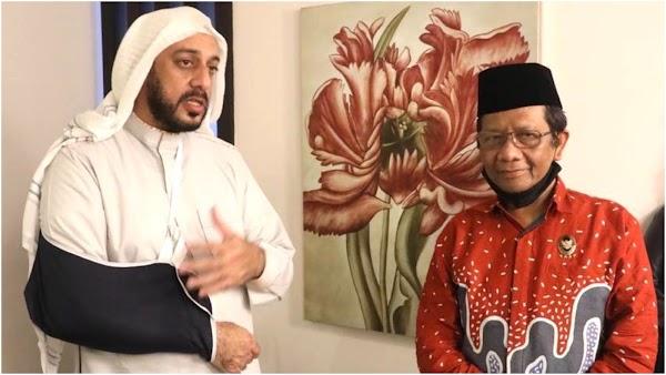 Usai Penusukan Terhadapnya, Syekh Ali Jaber: Tolong Jangan Kaitkan dengan Politik