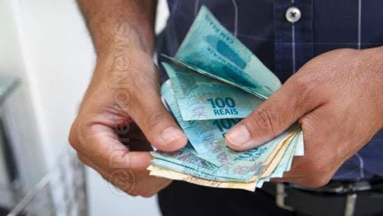 trabalhador condenado pagar advogado empresa acao