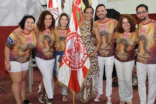 carnavalesco Leo Jesus e equipe
