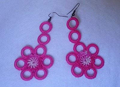 469b3ed2fa00 DE MIS MANOS TEJIDOS Y MAS...  Lindos aretes a crochet