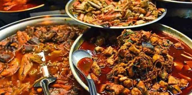 Banyak Makan yang Berlemak juga Menyebabkan Kulit Wajah Berminyak