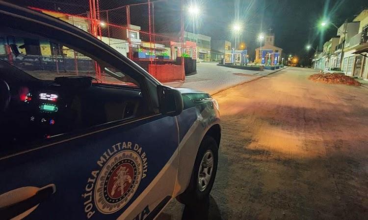 Governo da Bahia mantém toque de recolher e proibição da venda de bebida alcoólica no fim de semana