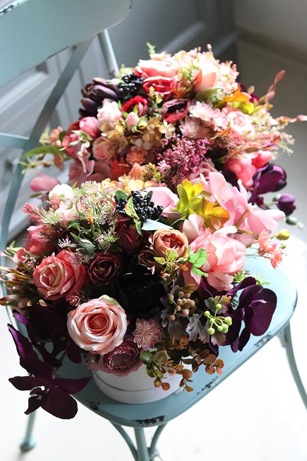 Flowerboxy z wiecznymi kwiatami, magia podarunków