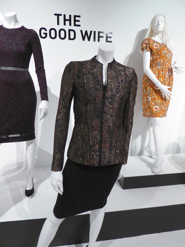 Julianna Margulies Good Wife Alicia Florrick costume