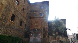 Oviedo, calle Jovellanos.