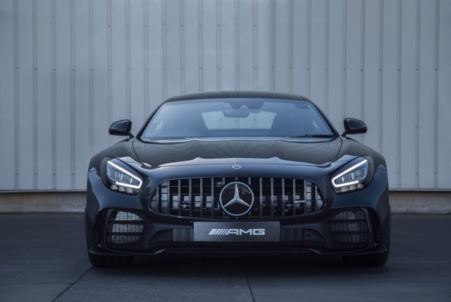 Technical specification: Mercedese AMG C 63 Coupé and AMG GT R Coupé (Hindi)