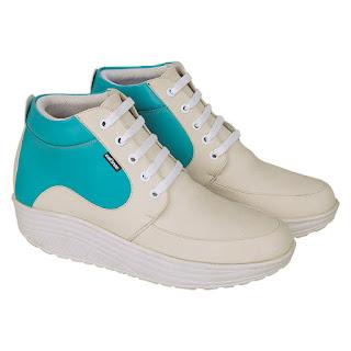 Sepatu Casual Boot Wanita Catenzo DO 048