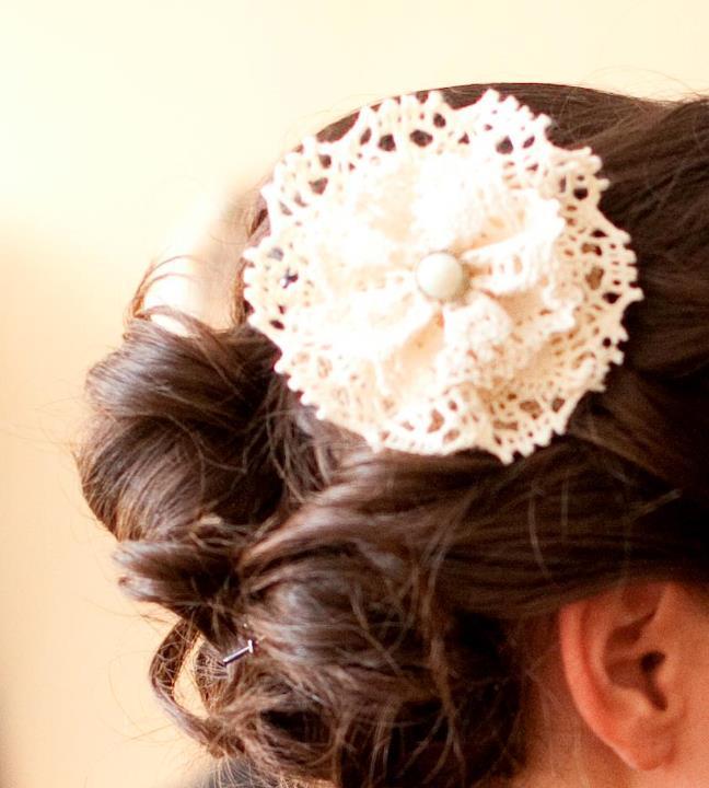 DIY Burlap + Lace Hair Applique