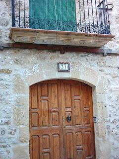Beceite, Beseit, pueblo, casco urbano, detalles, fachadas