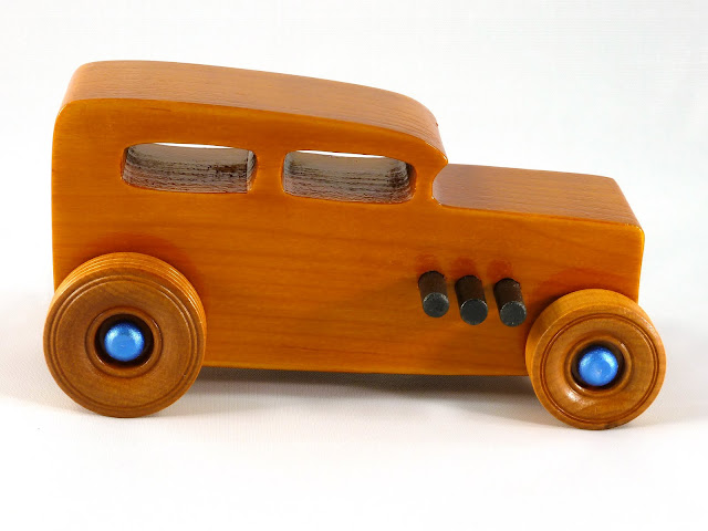 Right Side - Wooden Toy Car - Hot Rod Freaky Ford - 32 Sedan - Pine - Amber Shellac - Black Pipes - Metallic Blue Hubs