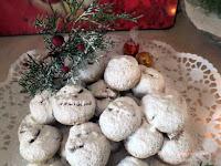 Χιονομπαλίτσες με μέλι και καρύδι! - by https://syntages-faghtwn.blogspot.gr