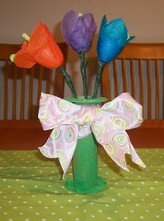 Spring Kids Tulip Craft from Plastic Easter Eggs