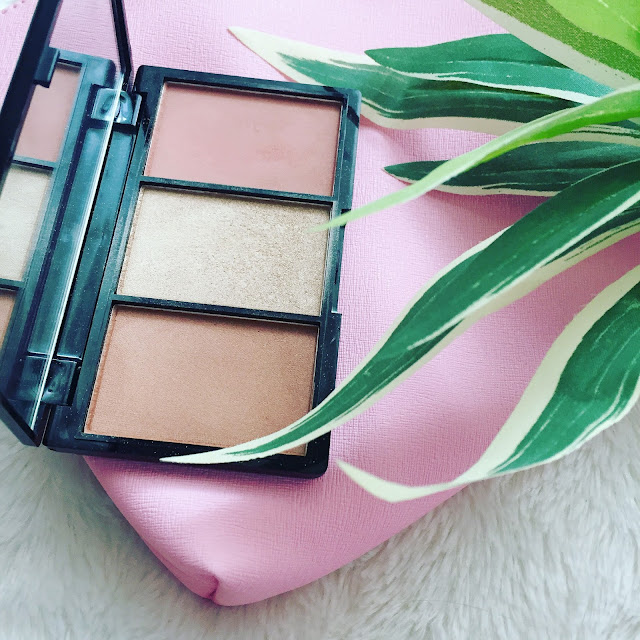 Paleta Golden hot de Makeup Revolution