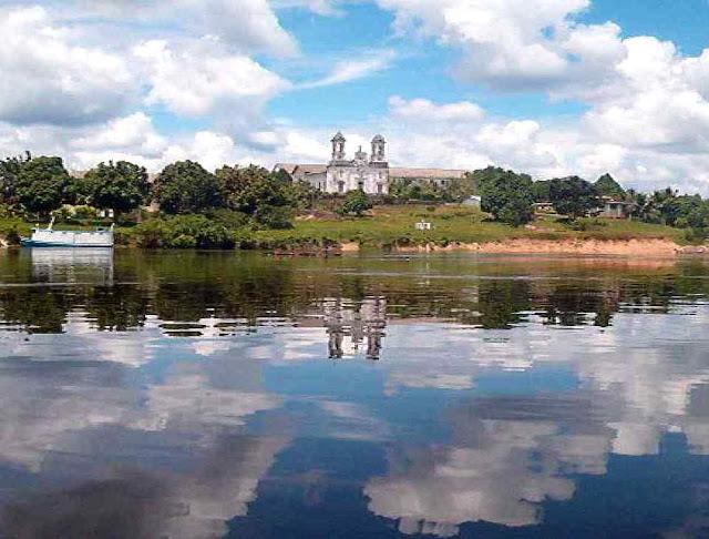 Missão salesiana de Taracuá, rio Uaupés, São Gabriel da Cachoeira