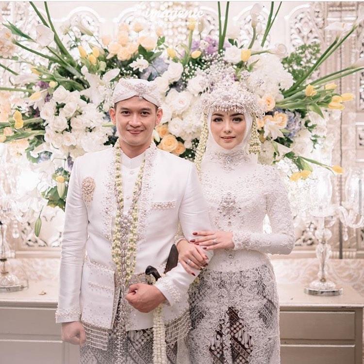 model kebaya muslim untuk nikah