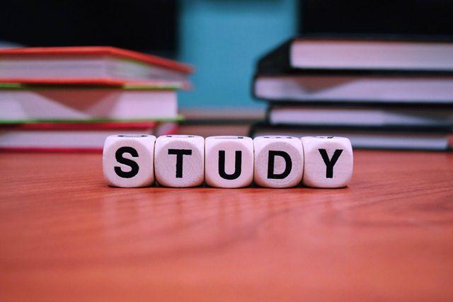 Narrative Text : Pengertian, Struktur, Contoh dalam Bahasa Inggris