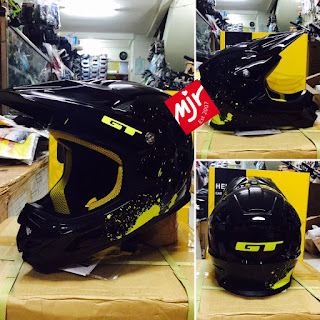 Helm Full Face GT Hitam