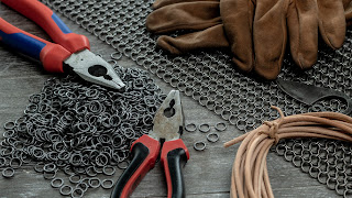 Metalowe kółka chainmaille