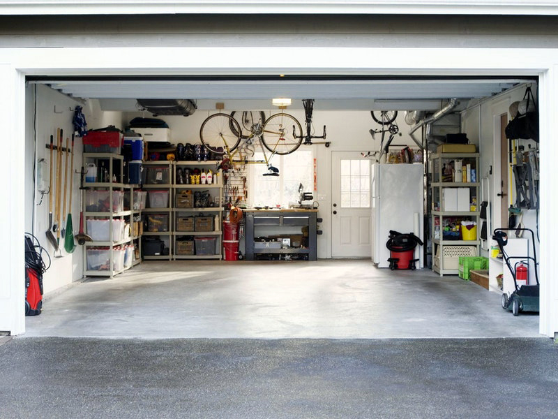 5 Good Options for Covering Garage Floors