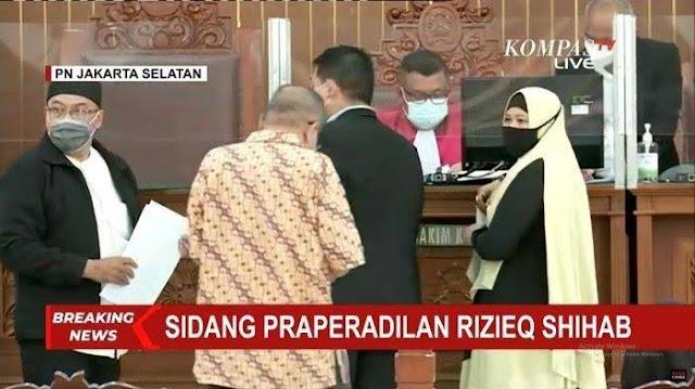 Gugatan Habib Rizieq: Minta Polda Batalkan Status Tersangka hingga Keluar dari Penjara