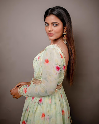 Aishwarya Rajesh (Indian Actress) Biography, Wiki, Age, Height, Family, Career, Awards, and Many More